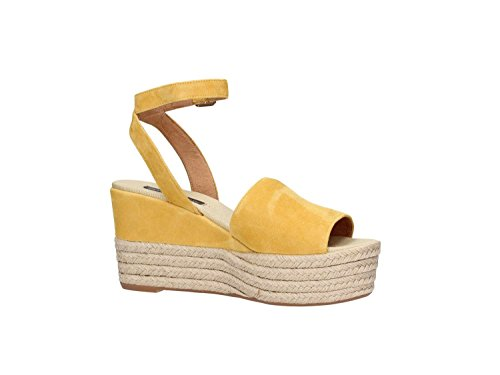 Frau 81c6 Mujer amarillo