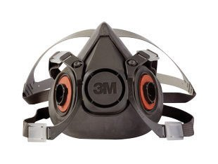 3M Large Thermoplastic Elastomer Half Mask 6000 Series Reusable Standard Respirator With 4 Point Harness And Bayonet Connection ()