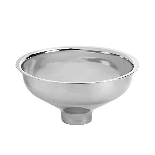 (Stainless Steel Spice Funnel   No Clog Large Bottom Opening for Fast Pouring of Powdered, Leafy and Whole Spices by SpiceLuxe )
