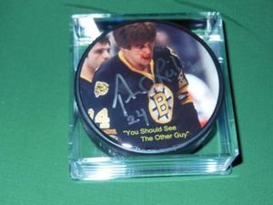 - Boston Bruins Terry O'Reilly Autographed Puck