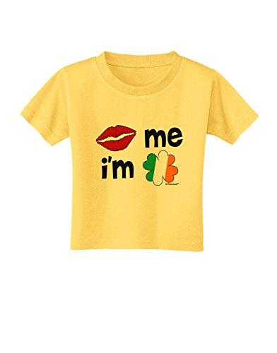 (TooLoud Kiss and Irish Flag Shamrock - Kiss Me I'm Irish Toddler T-Shirt - Yellow - 4T)