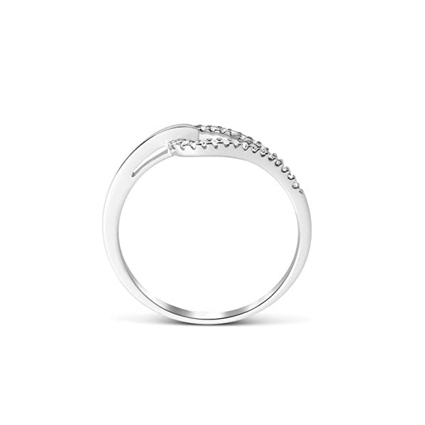 Miore anillo para mujer oro blanco 9 quilates con diamantes 0.10 quilates Miore anillo para mujer oro blanco 9 quilates con diamantes 0.10 quilates Miore anillo para mujer oro blanco 9 quilates con diamantes 0.10 quilates