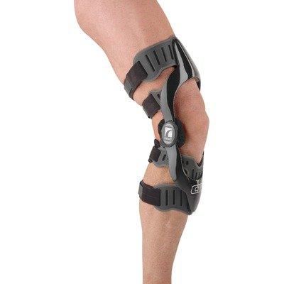 CTi OTS Pro Sport Knee Brace Size: Medium, Side: Left, Style: ProSport by Ossur