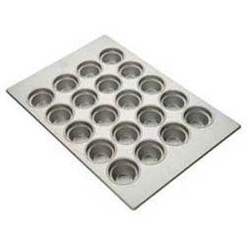 Focus Foodservice Commercial Bakeware 20 Count 3-1/2-Inch Large Crown Muffin Pan by Focus Foodservice