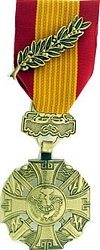 Vietnam Cross of Gallantry With- Palm-MEDAL (Of With Gallantry Cross Palm Vietnam)