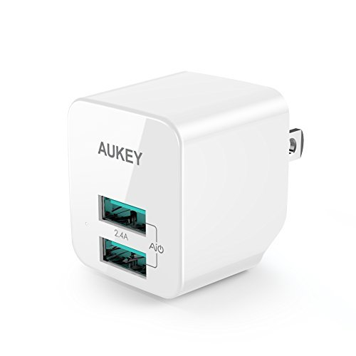 AUKEY Charger Foldable output iPhone
