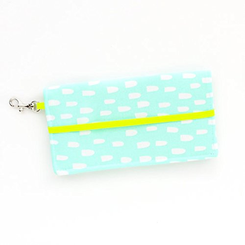 kailo-chic-small-cell-phone-wallet-mint-blue-abstract-with-key-clasp