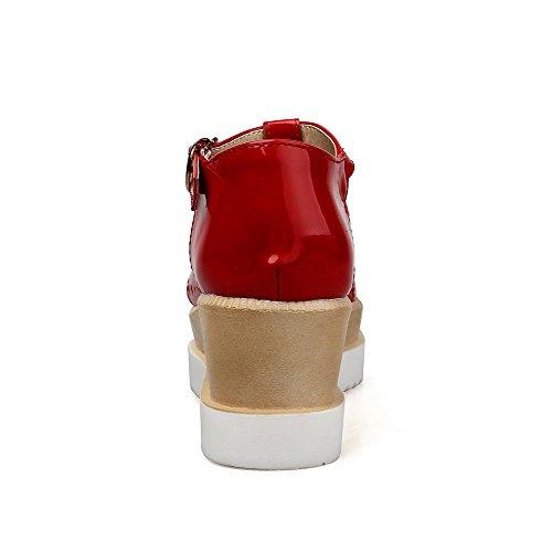 Allhqfashion Donna Materiale Morbido Quadrato Punta Chiusa Con Cinturino E Fibbia Sandali Con Tacco Rosso