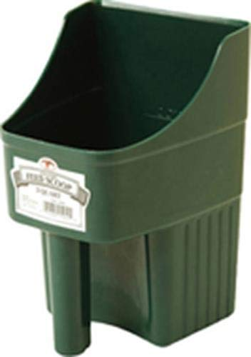 LITTLE GIANT Plastic Enclosed Feed Scoop (Green) Heavy Duty Durable Stackable Feed Scoop with Measure Marks (3 Quart…