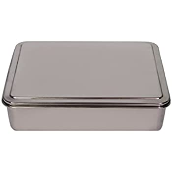 Amazon Com Nordic Ware Classic Metal 9x13 Covered Cake