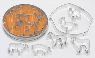 R & M International 1926 Barnyard Theme 7-Piece Cookie Cutter Set ()
