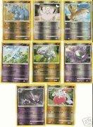 Pokemon Lot of 25 Random Reverse Foil Single Cards