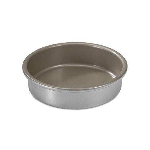 round cake pan nordic ware - 1