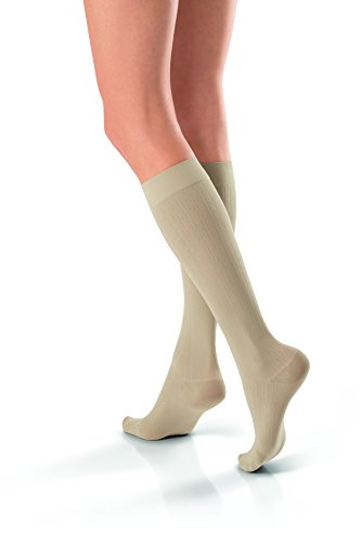 Jobst soSoft Women Brocade Knee Highs 15-20mmHg, M, Sand ()