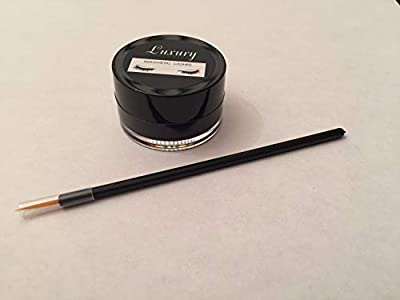 Magnetic Eyeliner to help wear Magnetic Lashes - Comes with Application Brush