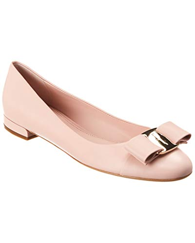 SALVATORE FERRAGAMO Vara Patent Ballet Flat, 7 C, Pink ()