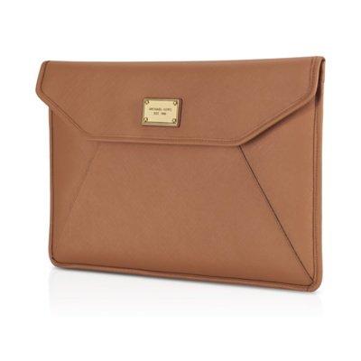michael-kors-slim-sleeve-for-macbook-brown-11