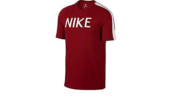 4ce48983 Amazon.com: NIKE Men's Sportswear N98 Graphic T-Shirt: Clothing