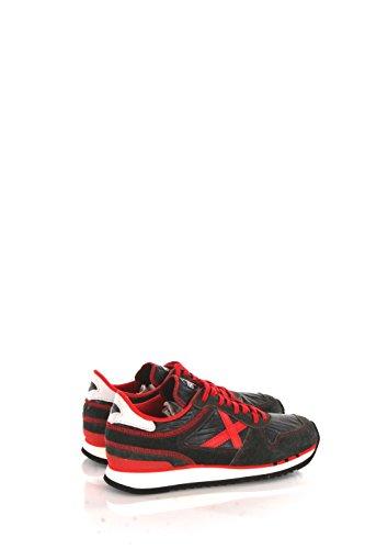 Sneakers Uomo Munich 40 Nero/rosso 03mn8860021/nou Autunno Inverno 2016/17