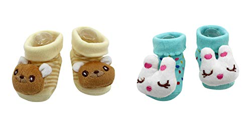 Price comparison product image New Cute Baby Rattle Socks Blue Cat and Yogi Brown Bear Theme 2-Pack 3-12 Months w / Gift Box