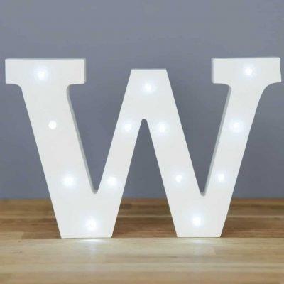 86 opinioni per Luci a LED in bianco-Lettere dell'alfabeto in legno, lettera W