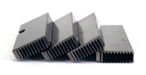 Steel Dragon Tools 47745 1/2in.-3/4in. Alloy RH NPT Universal Pipe Dies fits RIDGID 811A & 815A ()