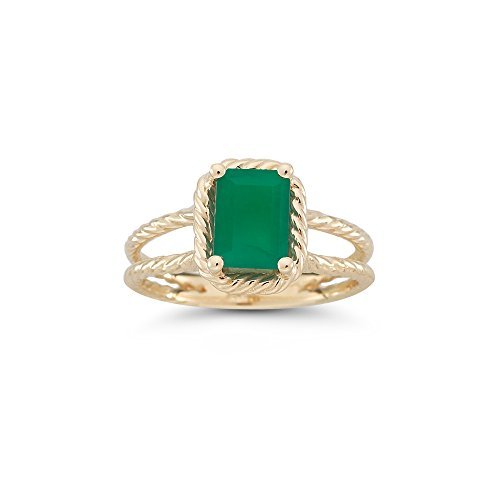 Emerald Solitaire Ring - 9