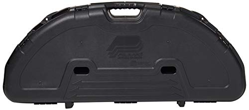 (Plano Protector Compact Bow Case (Black) (Renewed))