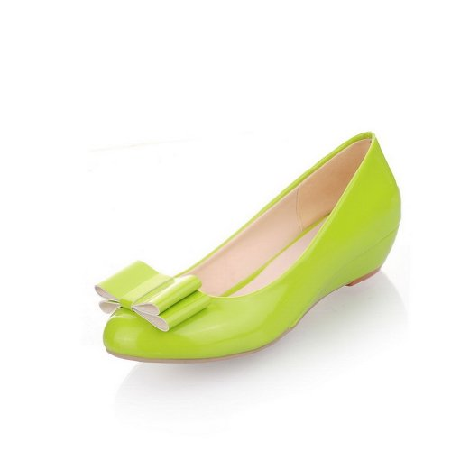 Bowknot B Heel Low 5 Womens Pumps 4 WeiPoot Solid Soft Toe Closed with Round Green US PU Material M aq7wwSFZ