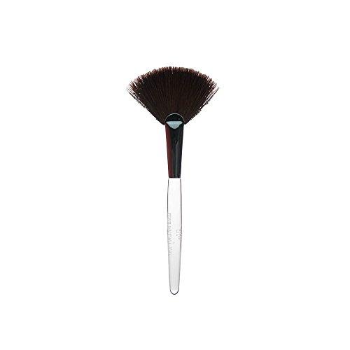 (Trish McEvoy Precision Cut Brush 62 Fan)