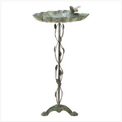 Smart Living Home Locomotion - Verdigris Leaf Birdbath (pack of 1 EA)