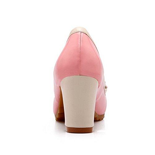 AllhqFashion Damen Gemischte Farbe Weiches Material Mittler Absatz Rund Zehe Ziehen auf Pumps Schuhe Pink