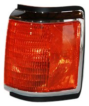 TYC 18-1534-01 Ford Passenger Side Replacement Parking Lamp