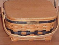 Longaberger 2002 J.W. Collection Miniature Edition Cake Basket