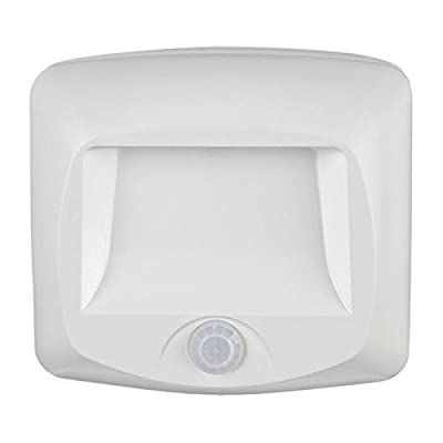 Mr. Beams MB 530 Battery-Operated Indoor/Outdoor Motion-Sensing LED Step Light