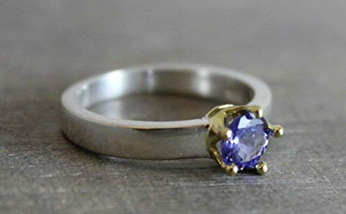 Tanzanite Mixed metal Solitaire Sterling Silver 18kt Gold Ring size 6.5