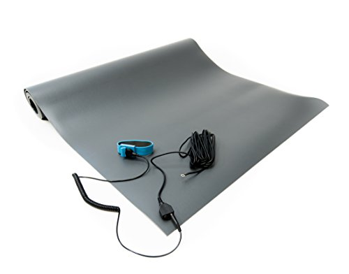 (Bertech ESD 3 Layer Vinyl Mat Kit with a Wrist Strap and a Grounding Cord, 2' Wide x 5' Long x 0.093