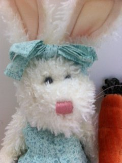 (Plush Rabbit Juniper Bunny Hugs #916501)