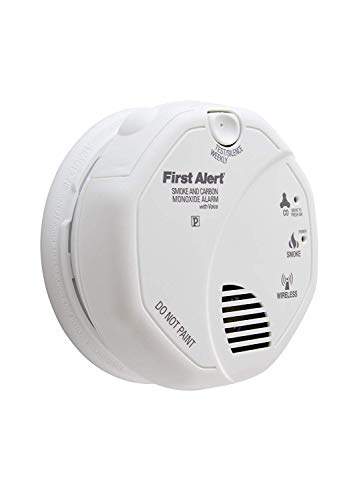 First Alert SCO500B Interconnected Wireless Battery Combination Smoke CO Voice 4 Pack