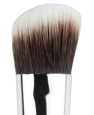 Sigma Beauty P84 Precision Angled Brush -