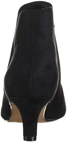 Clarks Women\'s Linvale Sea Fashion Boot, Black Suede, 90 M US