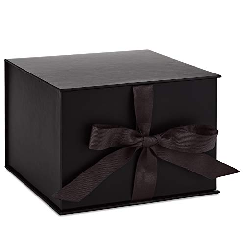 Hallmark 7″ Large Black Gift Box with Lid and Shredded Paper Fill for Weddings, Birthdays, Halloween, Christmas, Hanukkah, Holidays, Graduation and More