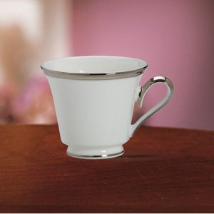 Solitaire White Tea Cup by Lenox China ()