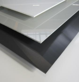 Hard PVC 4 mm, through-dyed in white, light grey, anthracite, high-gloss with one-sided protective film, high cold impact strength, high quality, high UV and light resistance, flame retardant according to DIN 4102-B1 for model and electrical construction,