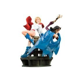 Power Girl & Huntress: Legacy Statue (Girl Statue Power)