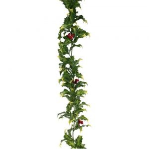 Amazon.com: Artificial Holly Garland 6: Jardín y Exteriores