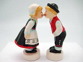 Collectible Magnetic Salt and Pepper Shakers Norwegian