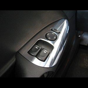Corvette Drivers Door Arm Rest Trim : C6 - Polished