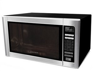 Emerson Radio Corp.-E 0.9 Cu Ft Microwave Oven by Emerson