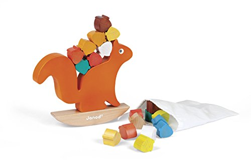 Wood Squirrel - Janod Nutty Balance - The Squirrel Balance Game